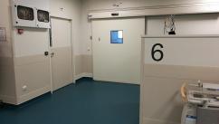 La porte de bloc de la salle 6